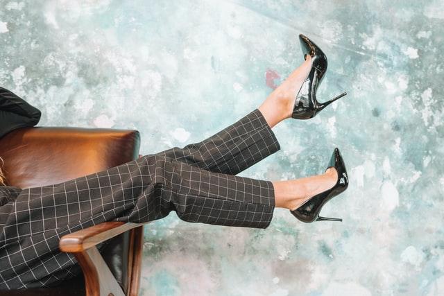Consejos para combinar zapatos de punta (2)