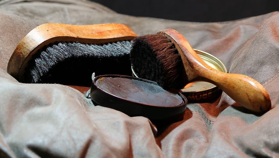 Tipos de cepillos para cuidar el calzado (1)